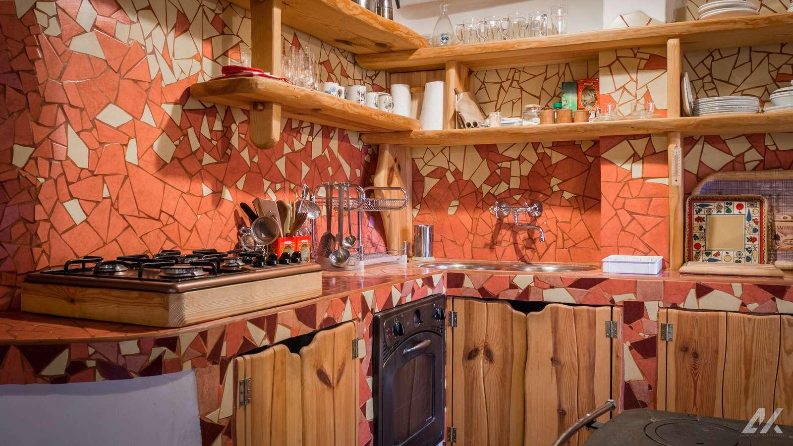 Kismélyvölgyi Vendégház - emeleti konyha - szállás Pécs
