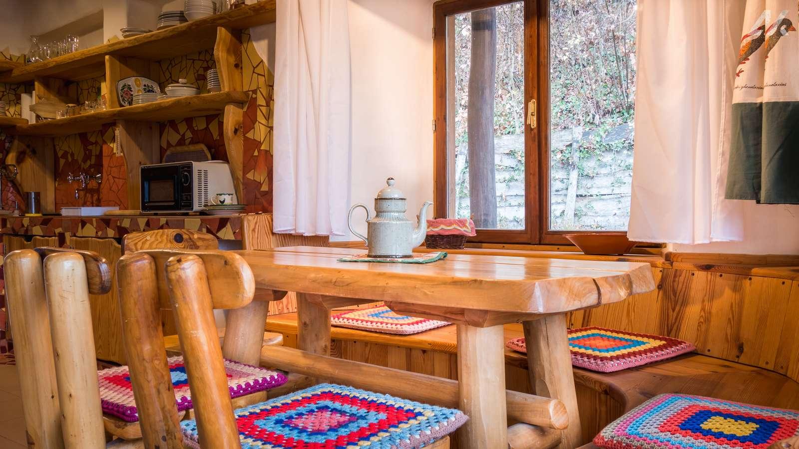 Kismélyvölgyi Vendégház - emeleti étkező - apartman Pécs