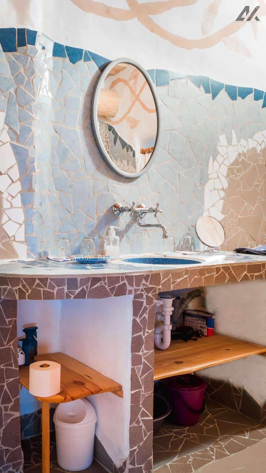 Kismélyvölgyi Vendégház - emeleti fürdőszoba - szállás Pécs